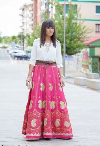 Tribal coral maxi skirt- Flowy and comfy maxi skirts http://www.justtrendygirls.com/flowy-and-comfy-maxi-skirts/