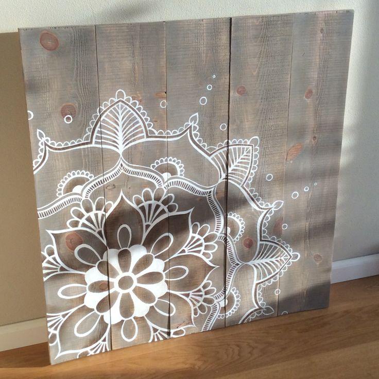 Een persoonlijke favoriet uit mijn Etsy shop https://www.etsy.com/nl/listing/261845924/mandala-artwork-on-rustic-wood-original