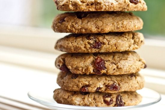 20100911IMG 2878 thumb   The Ultimate Vegan Oatmeal Raisin Cookie