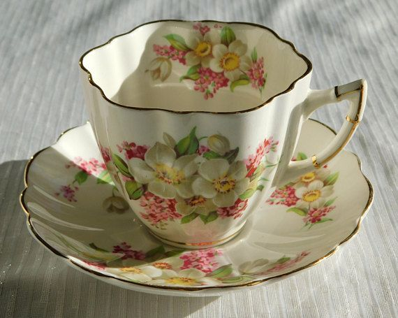 Victoria C&E Cream, Yellow and Pink Floral Fine Bone China England Tea Cup and Saucer