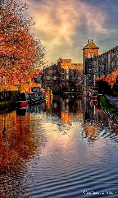 Canal Walk.. Skipton, England | Flickr - Stephen Candler Photography ~ This is so beautiful, it looks like a painting done by a master artist!