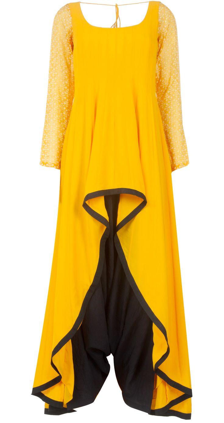 Yellow and black kurta set by PAYAL SINGHAL. Shop at http://www.perniaspopupshop.com/whats-new/payal-singhal-yellow-and-black-kurta-set-pylc0813per07.html