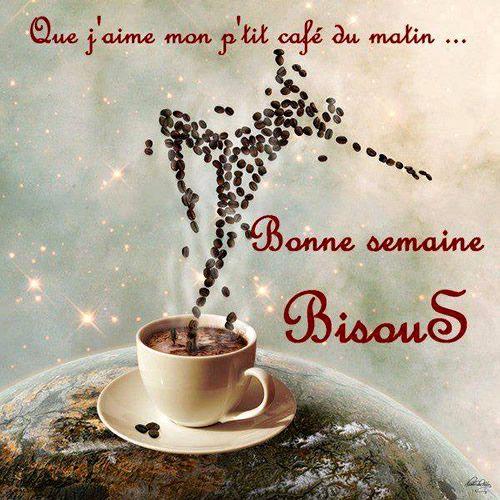 Que j'aime mon p'tit café du matin... Bonne semaine, bisous #bonnesemaine cafe reveil bien etre