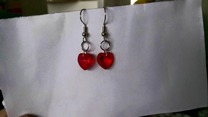 Red swarovski heart earrings