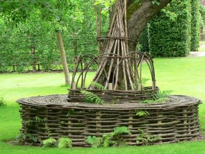 tree seats garden furniture. le prieur du0027orsan poirier entour du0027un banc circulaire en gaulettes de tree seatgarden furnituregarden seats garden furniture