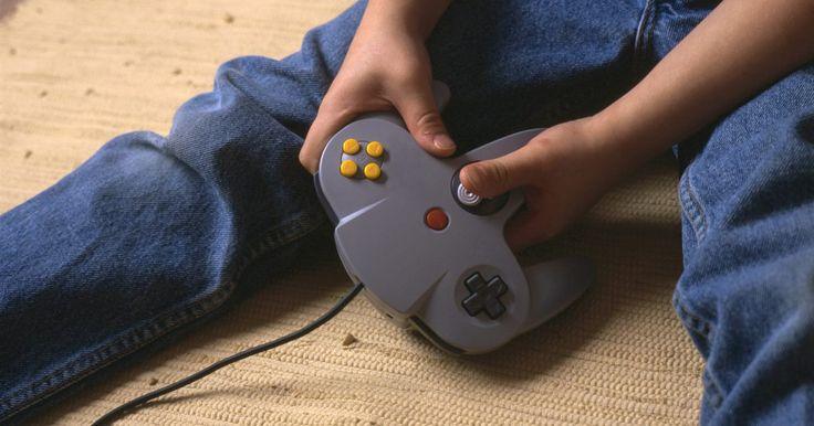 Cómo reparar una tarjeta de memoria corrupta de GameCube. Una de las mejores cosas sobre tener una Nintendo Wii es que te permite jugar a juegos clásicos de Nintendo GameCube en el sistema. Las tarjetas de memoria de GameCube son también compatibles. Desafortunadamente, a medida que las tarjetas de memoria envejecen, tienen tendencia a corromperse.