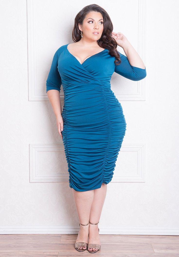 33821 best FATshionistas - Plus Size Style images on Pinterest