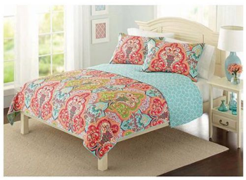 Best 25+ Coverlet bedding ideas on Pinterest | Bedding master ... : multi colored quilt bedding - Adamdwight.com