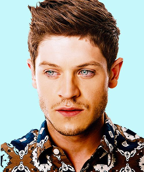 Iwan Rheon with his killer blue eyes
