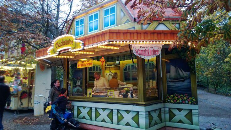A stall at Ischaa Freimaak, Bremen