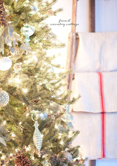 Upward-sloping branches are perfect for displaying your favorite ornaments and decorations.