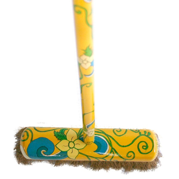 Painted brooms from Hergen, de vegende Hollander