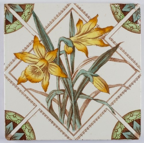 Antique Victorian, Daffodil Aesthetic Movement,    Ceramic Tile - 1900