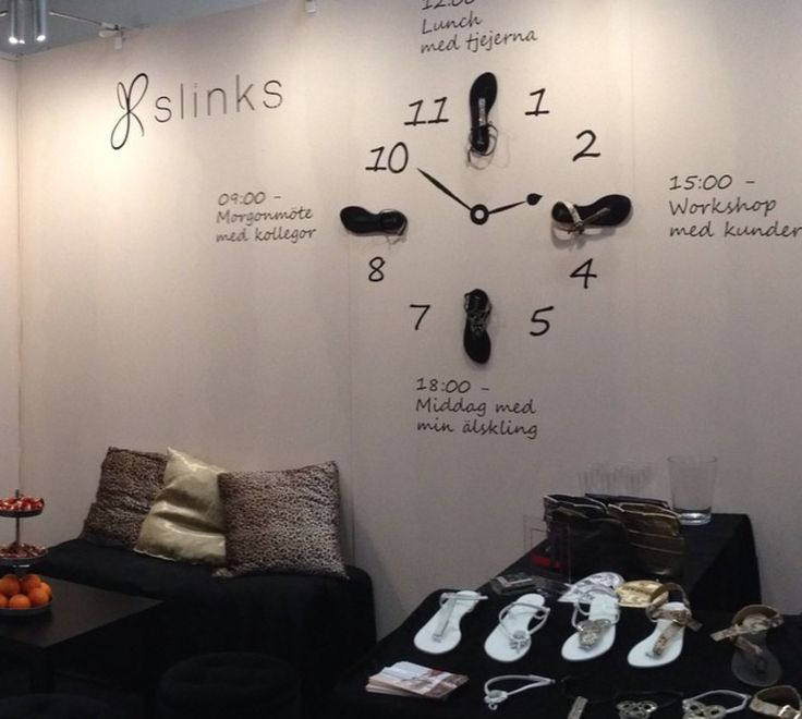 Slinks at an event - best summer sandals in the world! #haveslinkswilltravel