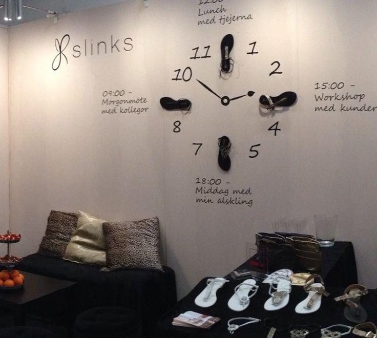 Slinks at an event - best summer sandals in the world! #haveslinkswilltravel
