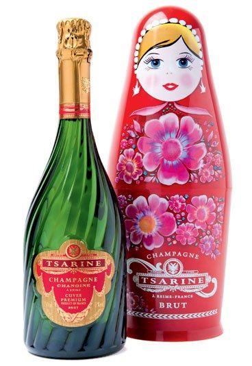 OPEN SUNDAY!!  Champagne Tsarine,   Monoprix SAINT PIERRE    17 Place Saint Pierre   75018 PARIS  Metro: Anvers, line 2.    Tél : 01 56 55 54 20   Fax : 01 56 55 54 22  Horaires :   Ouvert du lundi au samedi de 8h00 à 23h00 et le dimanche de 8h00 à 22h00