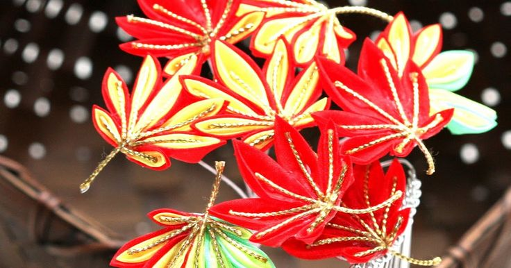 [COLOR] Red, Yellow, Green, Gold [SIZE] Momiji (Japanese Maple)leaf:Approximately 1.5 inches=4cm Width of entire Kanzashi:Approximately 4.75...