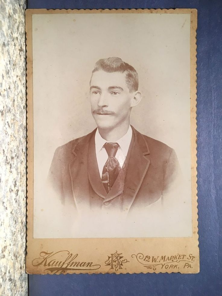 CABINET CARD PHOTO MAN WITH PENCIL MUSTACHE, YORK PA.