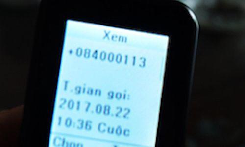 Tạo số điện thoại ảo 113 của công an để hù dọa người dân Link: https://vn.city/tao-so-dien-thoai-ao-113-cua-cong-an-de-hu-doa-nguoi-dan.html #TintucVietNam - #VietNam - #VietNamNews - #TintứcViệtNam Thu và Luận là mắt xích trong đường dây lừa đảo bằng cách mạo nhận cán bộ công an, nhân viên viễn thông để thông báo nợ cước điện thoại.  Ngày 3/9, Phòng Cảnh sát hình sự (PC45) Công an Nghệ