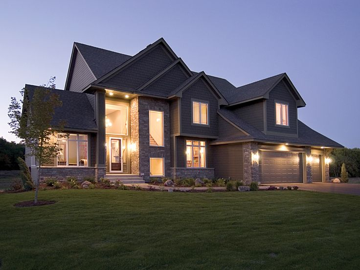 1000 images about craftsman house plans on pinterest for Luxury craftsman house plans
