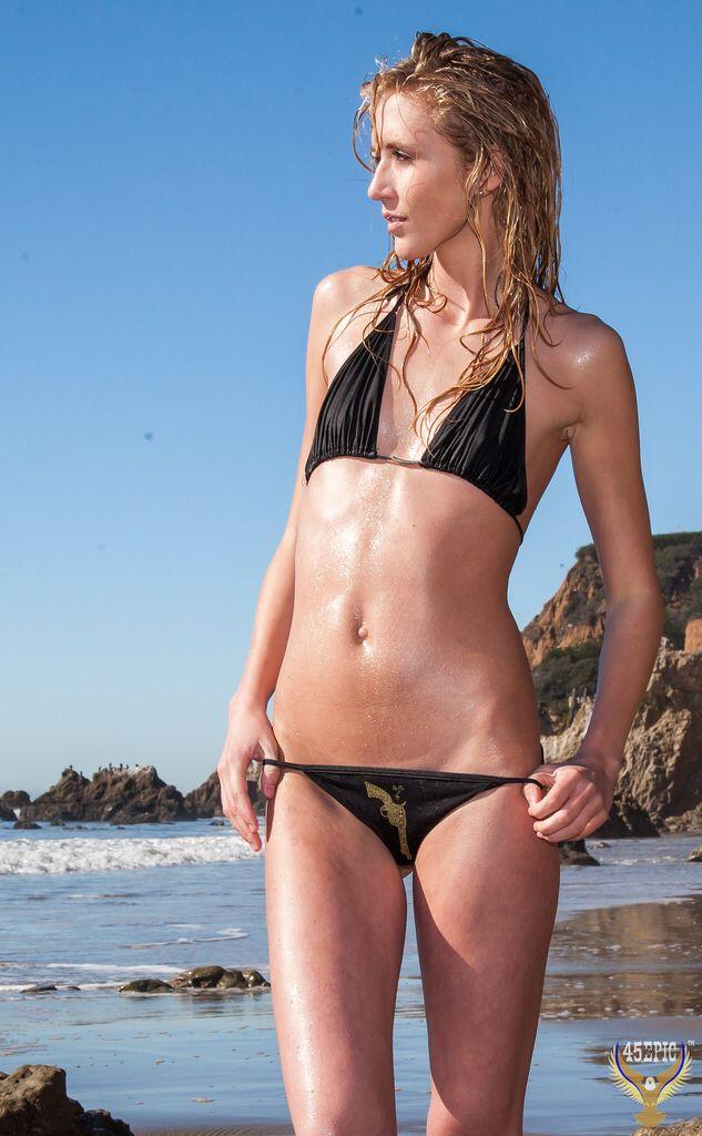 d205d6f7ea Beautiful Swimsuit Bikini Model Goddess on Scenic Malibu Beach! Pretty  Blonde Woman The Birth of Venus! Dante s Beatrice! Pretty California Surf  Girl!