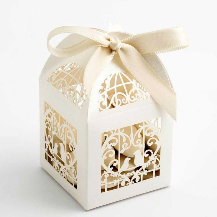 Ivory Laser Cut Wedding Favour Boxes with Lovebirds