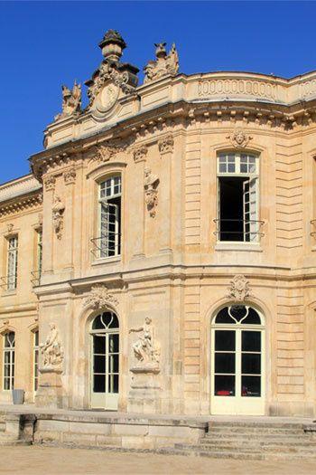 Château Du0027Asnières. Ile De France