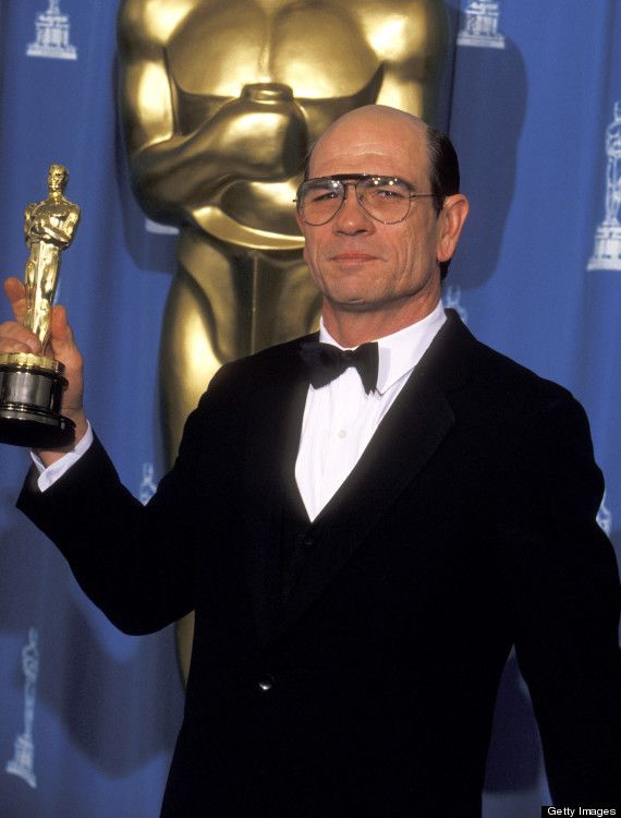 Tommy Lee Jones won the Academy Award for Best Supporting Actor for his role as Marshal Samuel Gerard in The Fugitive (1993).
