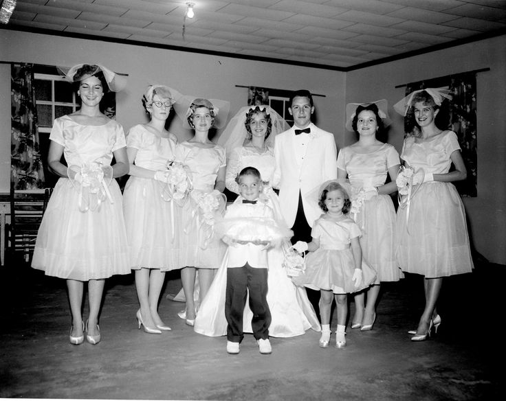 307 best Bridesmaids b/w photos images on Pinterest | Retro weddings ...