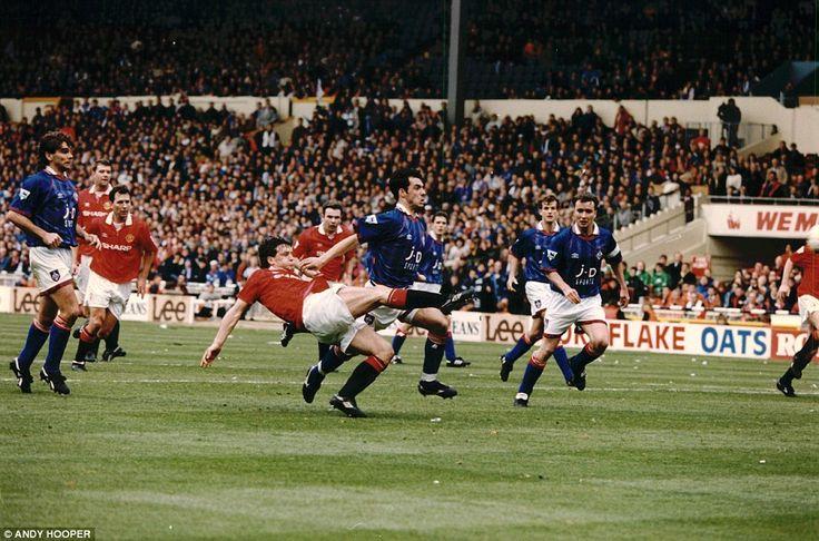 FA Cup Semi 1994: Manchester United v Oldham. Mark Hughes scores the equaliser.
