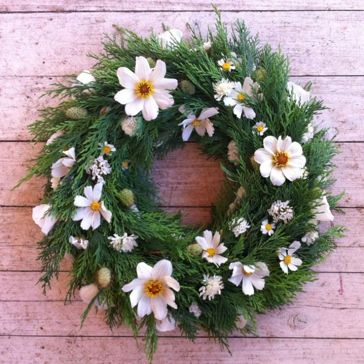 how to make a flower wreath for funeral