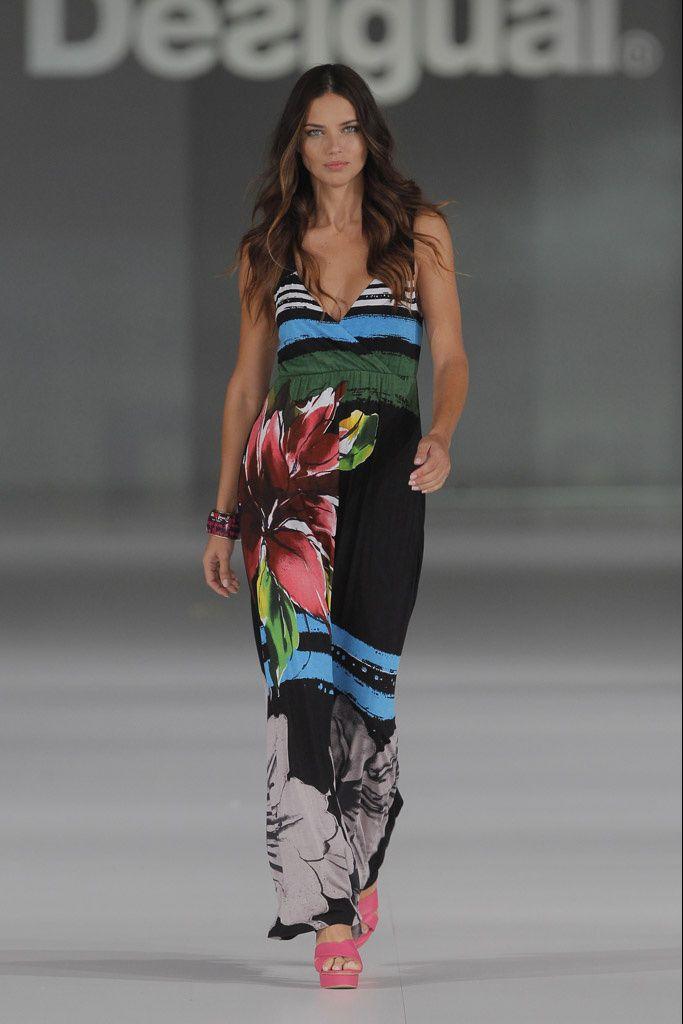 Vestido primavera-verano Desigual 2014  89€ -15% 75,65€ #Spring #elplanetadelasmarcas.es #welovefashion #vestido #dress #casualstyle #desigual #septiembre