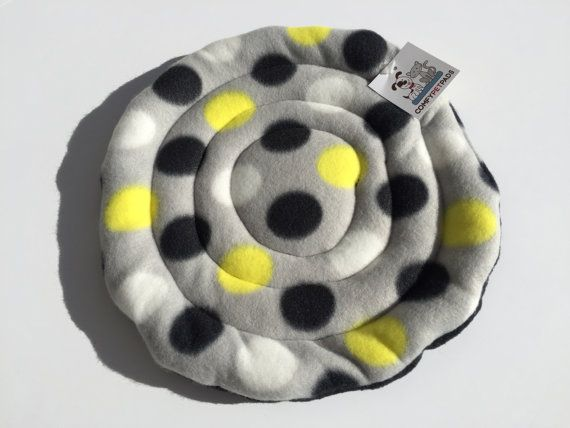 Indoor Dog Toys, Guinea Pig Bed, Fleece Frisbee, Soft Toys, Flying Disc, Puppy Toy, Large Dog Toy, Gifts for Dogs, Large Pet Toy, Polka Dots #SoftPetToys #FleeceFrisbee #PuppyToys #LargeDogToy #IndoorDogToys #FlyingDisc #PuppyToy #DogToys #PetFrisbees #GuineaPigBed