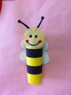 What a cute bumble bee craft made out of a toilet paper roll