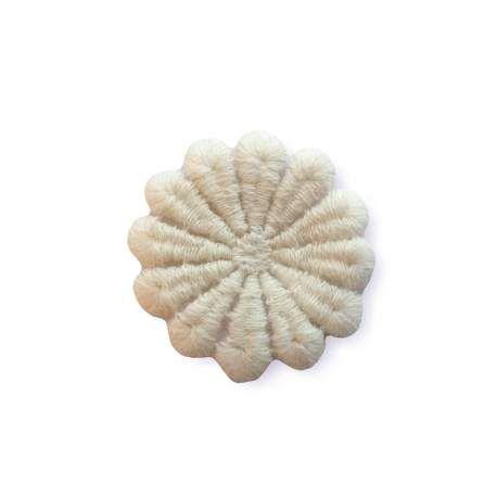 Flauschige Makremee Applikation zum Nähen, Blüte naturweiss (Ital.)