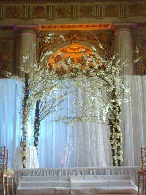 25+ best ideas about Wedding altar decorations on Pinterest ...