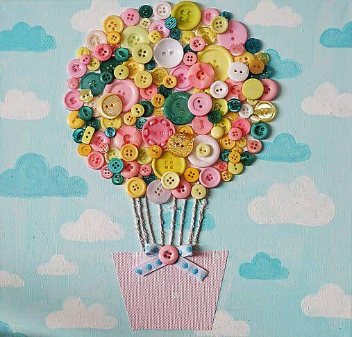 Открытка с воздушным шаром из пуговиц