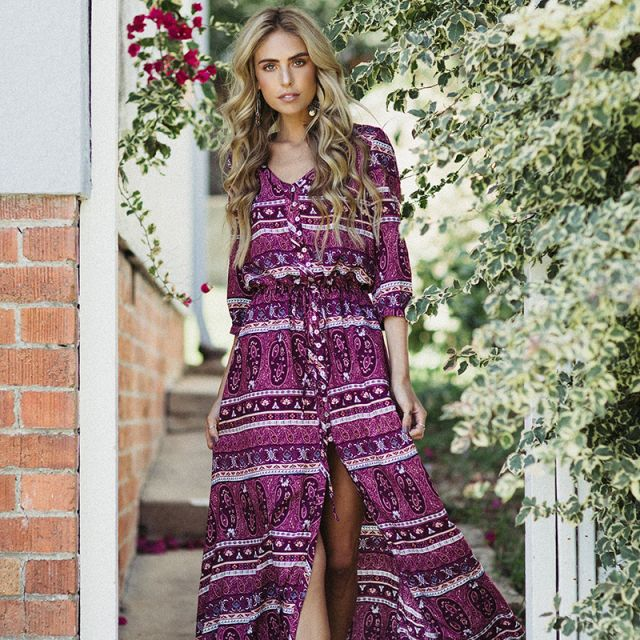 Le Salty Oracle Maxi in Berry || $119 || From Minx + Pearl || Shop the look via the link in our bio || www.minxandpearl.com