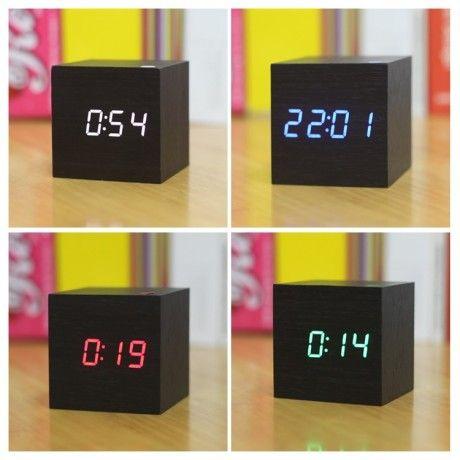 Часы-куб 160 Многофункциональные деревянные часы с цифровым дисплеем и светодиодами.  Диаметр: 60 мм Форма: квадрат Материал: дерево и бамбук Особенности: Календари,С люминесценцией по технологии LUMINOVA,Античный стиль Вес: 200 г Цвета: черный, деревянный, серый  Доставка может быть продолжительной, заказывайте заранее.  #часы #часыкуб #часывподарок #подарок #квадратныечасы #decohata #decohata_useful #clock #trees #black #present
