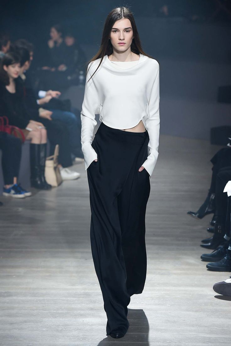 Maiyet Fall 2015 Ready-to-Wear - Collection - Gallery - Style.com Maiyet is designed by Kristy Caylor  http://www.style.com/slideshows/fashion-shows/fall-2015-ready-to-wear/maiyet/collection/1