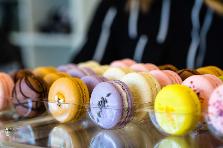 Come in to our stores in Dallas or Fort Worth to build your perfect box of French macarons, or order online! #savorthemoment #savorpatisserie #frenchmacaron #Macaron #Dallas #fortworth #dfw #shopsmall