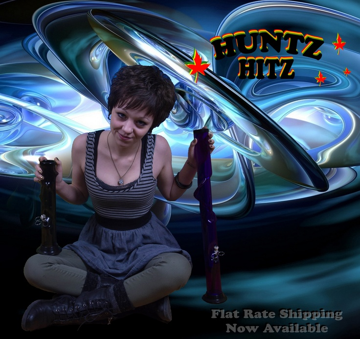 Model - Kelsea Babcock avec trippy background - for www.huntzhitz.com - customizable acrylic bongs!