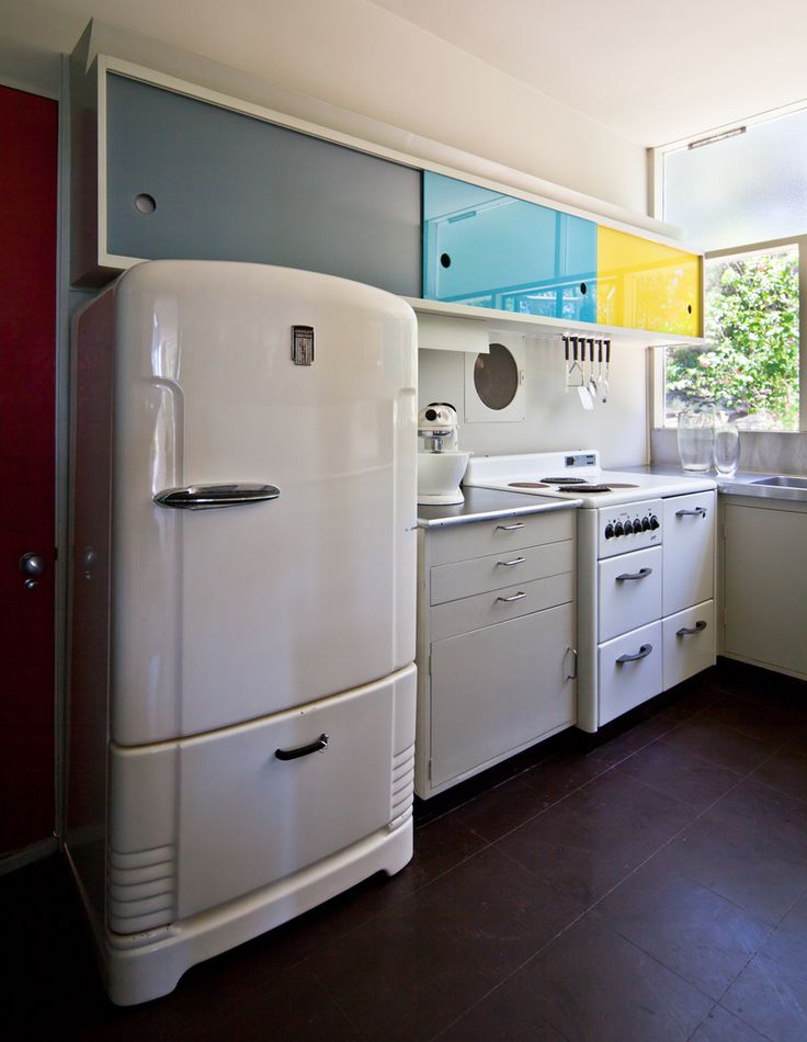 106 best mid century modern images on pinterest kitchen for Modern retro kitchen appliance