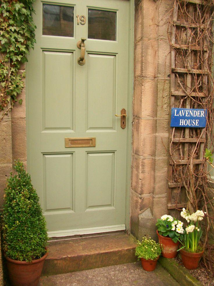 love the door colour