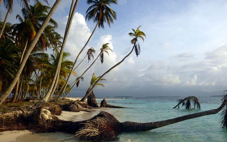 Le immagini più belle di un vero paradiso. Sono 338 le isole che fanno parte dell'arcipelago di San Blas. Una vacanza in barca a vela con sanblasvelero.