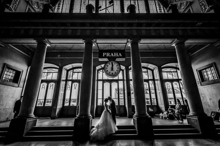 [13th] PURE ART by Lukas Konarik | Prague wedding photographer