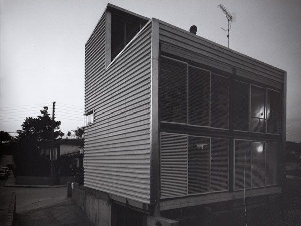 Casa FS, Llinars del Vallès. Solar house.   #modern #architecture #jaumevalor #house #singular #AV #jordibernado