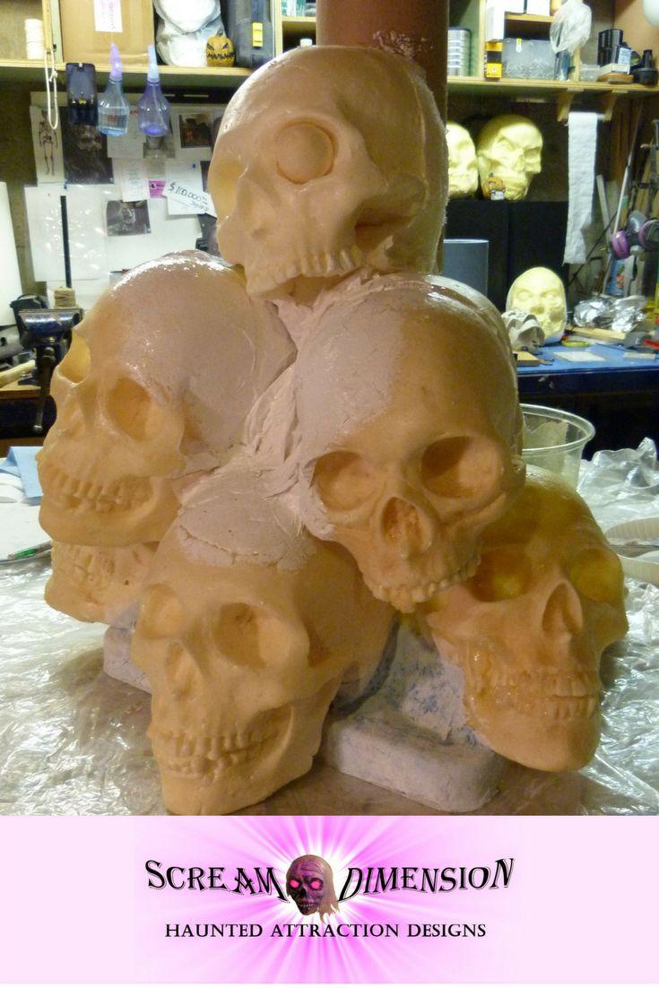 Pirate's Terror skull pillar close up. Creating the rotting textures.