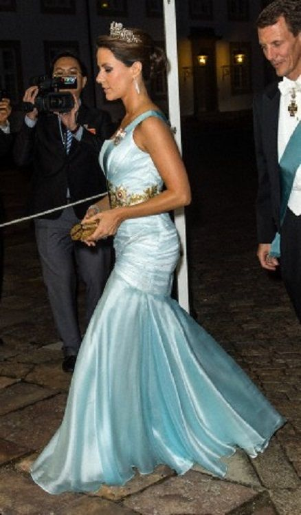 35 best Princess Marie - Gala gown images on Pinterest | Crown ...
