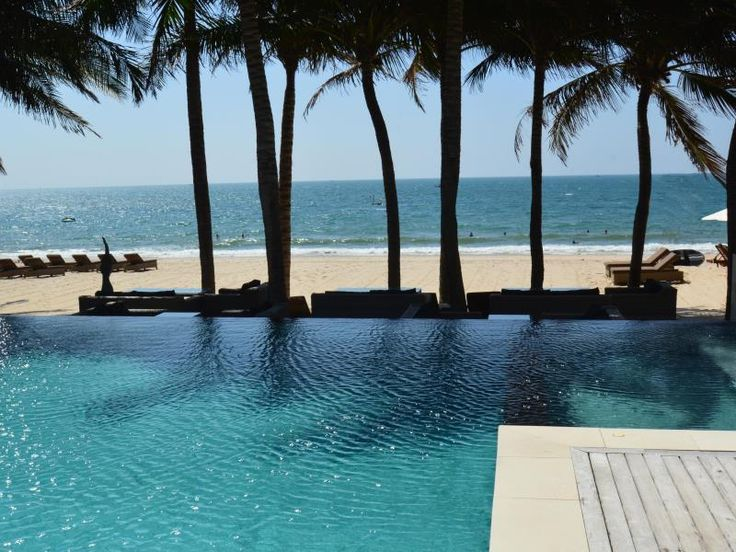 Phan Thiet Sunsea Resort Vietnam, Asia Ideally located in the prime touristic area of Mui Ne, Sunsea Resort promises a relaxing and wonderful visit. The hotel offers guests a range of services and amenities designed to provide comfort and convenience. Take advantage of the hotel's free Wi-Fi in all rooms, 24-hour security, daily housekeeping, fax machine, photocopying. Television LCD/plasma screen, bathroom phone, carpeting, complimentary instant coffee, complimentary tea can ...